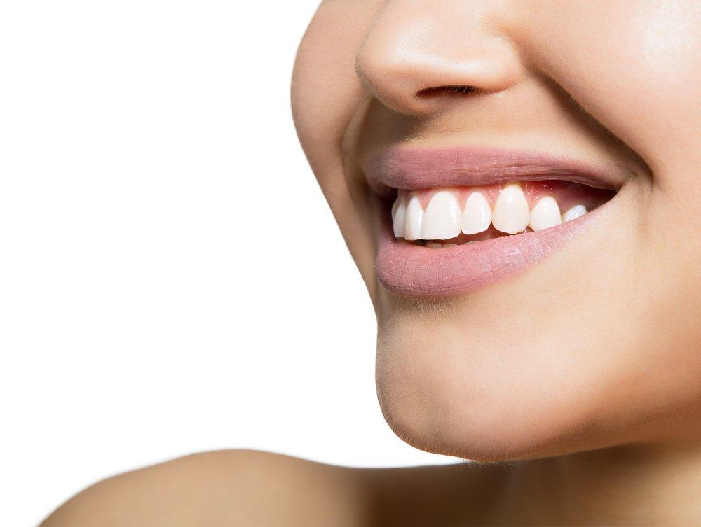 Отбеливание зубов современными методами наносит минимальный вред зубам.